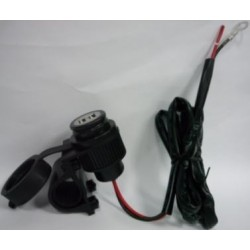 zásuvka USB na řidítka-vodotěsná 06